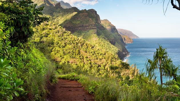 Napali Coast, Kauai, Hawaii.  (photo via Adam-Springer/ iStock / Getty Images Plus)