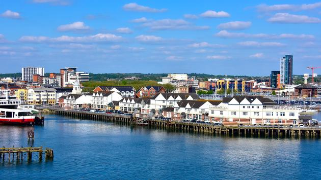 View of Southampton England and piers. (photo via BLFink / iStock / Getty Images Plus)