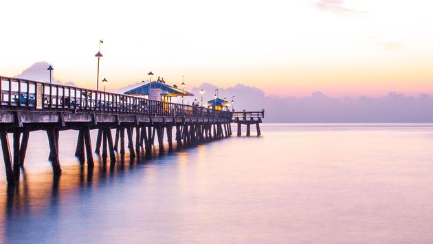 Ft Lauderdale Pier early in the morning (photo via Cordovaimagery1 / iStock / Getty Images Plus)