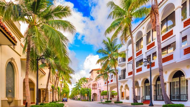 Palm Beach, Florida, USA at Worth Ave. (Sean Pavone / iStock / Getty Images Plus)