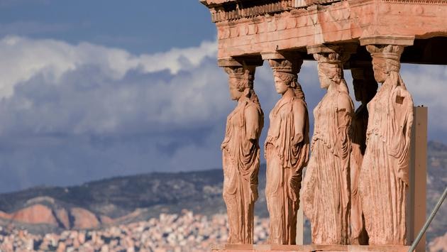 The famous statues at the Erechtheum temple (photo via COffe72 / iStock / Getty Images Plus)