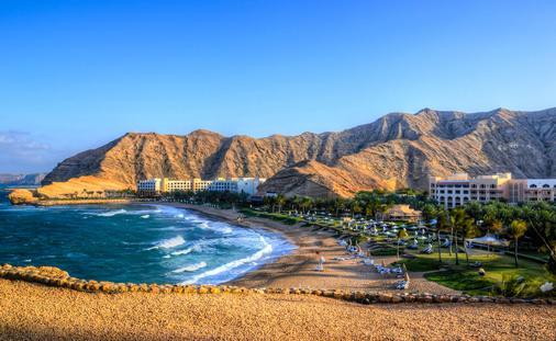 Shangri-la Muscat (2Good2BeReal / iStock / Getty Images Plus)