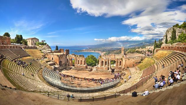 Discover Southern Italy & Sicily featuring Taormina, Matera and the Amalfi Coast