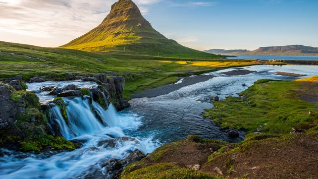 Iceland: Land of Fire & Ice
