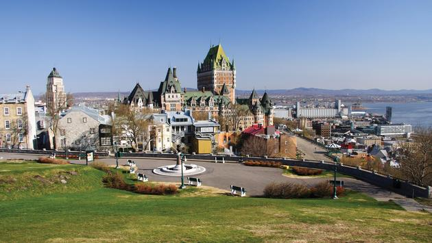 The Best of Eastern Canada featuring Niagara Falls, Ottawa, Quebec City & Montreal
